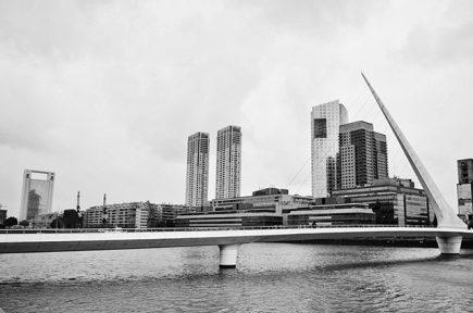 Argentine - Buenos Aires - Puente de la Mujer